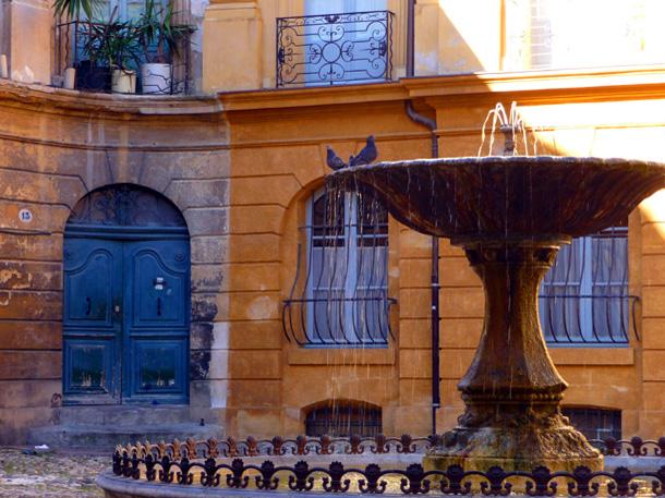 Aix ville d 39 art for Location vacances aix en provence avec piscine